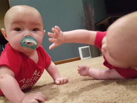 Lustige Baby Videos Zum Lachen Und Whatsapp